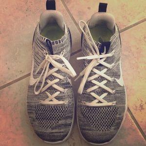 Nike flyknit metcon size 7.5